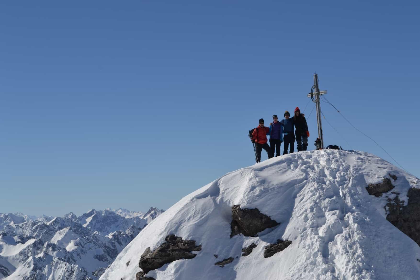 Skitour auf die Große Schlenkerspitze